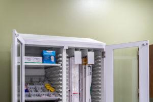 catheter rack in core cart